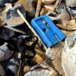 beach_plastic_sharp04